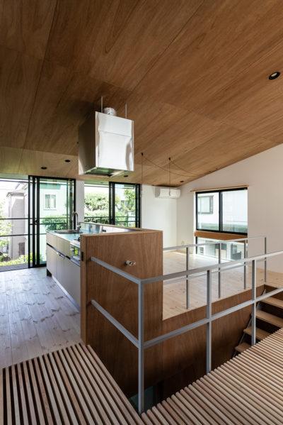 ラワン、パイン、デザイン、モダン、大きな窓、設計事務所、建築家、川崎市、神奈川、一級建築士事務所